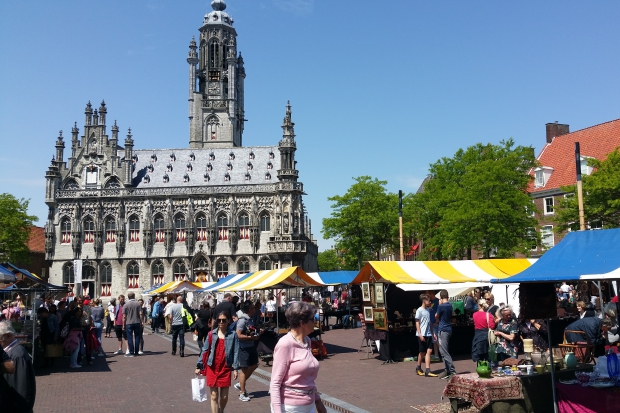 Boeken en Verzamelmarkt Markt Middelburg zomer 2019 go with the vlo