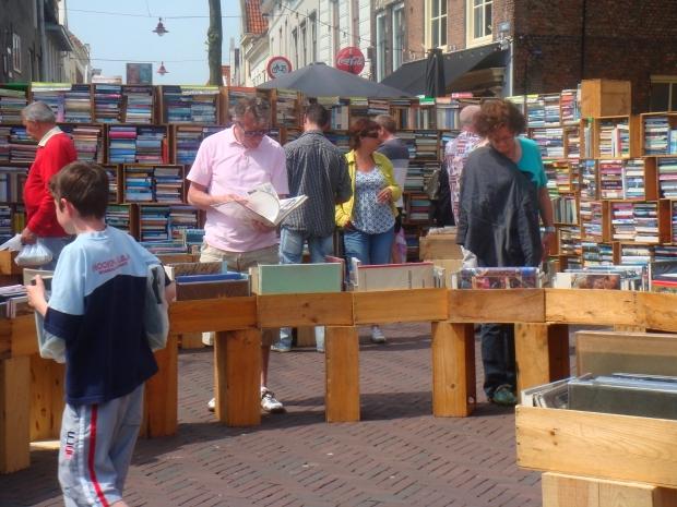 Boekenmarkt Middelburg zomer 2019 go with the vlo