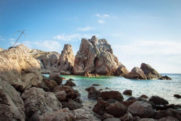 Grieks eiland Antikythera zoekt bewoners strand go with the vlo