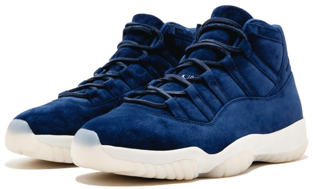 Jordan Air Jordan 11 Jeter sneakers veiling Sotheby's go with the vlo