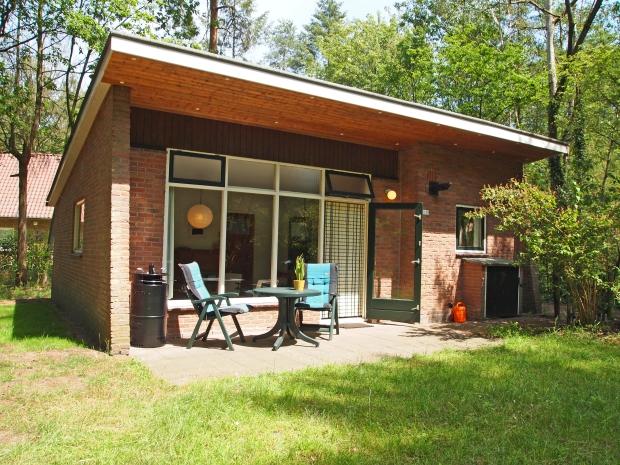 Bungalow de Voorspoed Winterswijk nostalgie vakantie go with the vlo