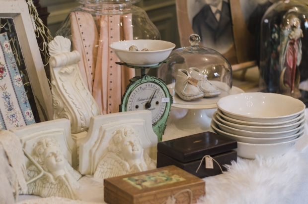 Kasteel Geldrop Brocante d'Hiver antiek kommen go with the vlo