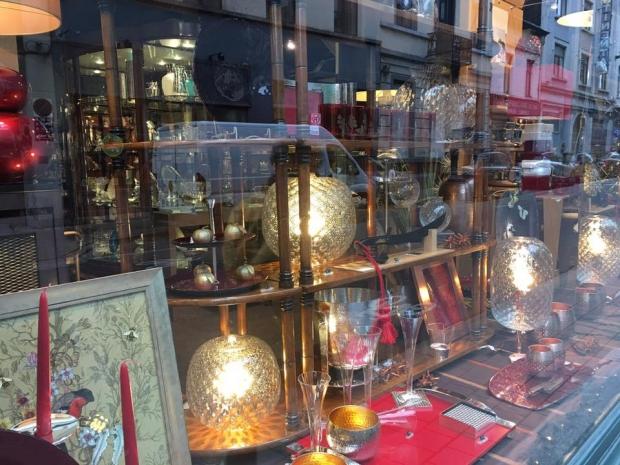 Demeuldre Brussel porselein servies sluiting nostalgie go with the vlo
