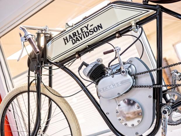 SpekTakel wonen Amersfoort vintage Harley Davidson go with the vlo