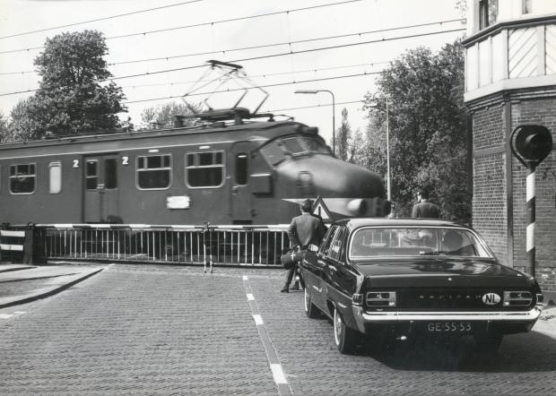 Hondekop trein Het Utrechts Archief go with the vlo