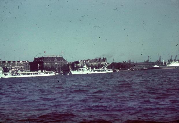 Nieuwe Maas Rotterdam schepen jaren dertig Richard Boske go with the vlo