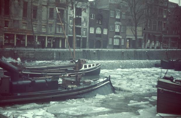 Rederijkade Rotterdam Zeilmakerij H. Visser jaren dertig sneeuw Richard Boske go with the vlo