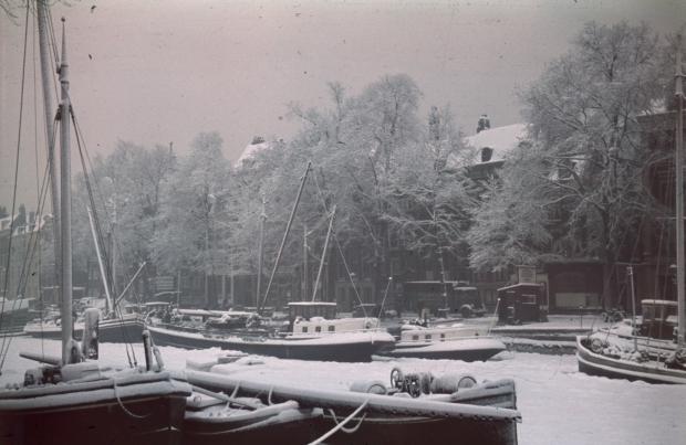 Scheepmakershaven Rotterdam sneeuw jaren dertig Richard Boske go with the vlo